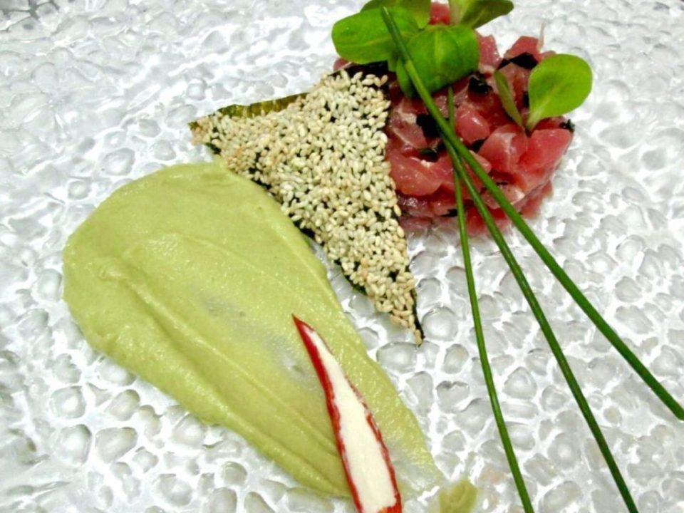тартар з тунця