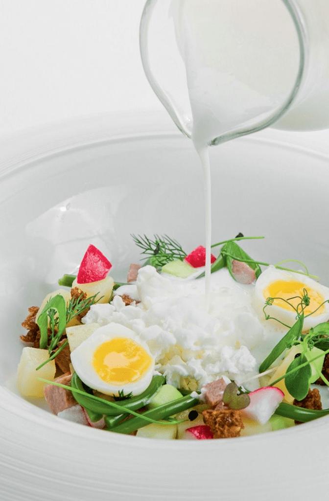 Окрошка – холодний суп, який ресторан «Валентино» готуватиме влітку 2021